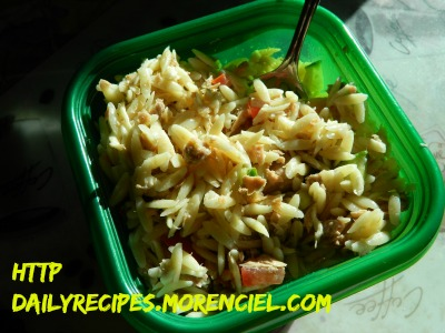 Orzo salad with vegetables, herbs and tuna