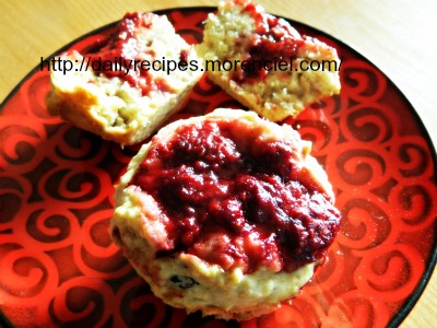 Rasberry muffins with Jam